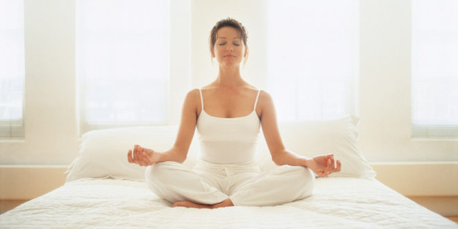 Как правильно медитировать дома для начинающих