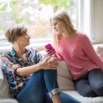 Подросток манипулирует родителями: советы психолога