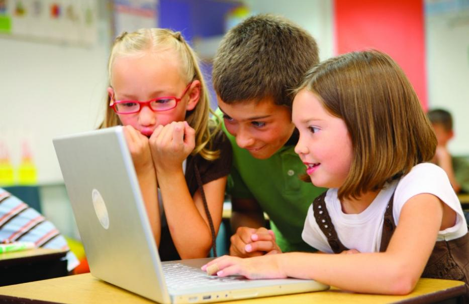 Как отвлечь детей от компьютера?